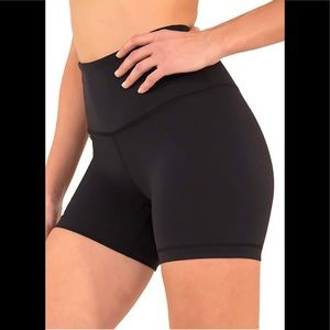 ⚡️1DAYSALE⚡️NWT 90 DEGREE BY REFLEX Yoga Shorts XL